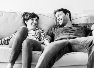 Survey: 30% of couples talk about money on a daily basis