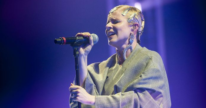 New Music To Know This Week: Robyn's Sexy Comeback, Miranda Lambert's Divorce Anthem & More