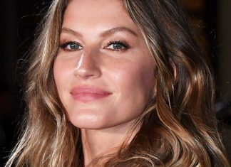 After Breastfeeding, Gisele Bündchen Got Implants, But Instantly Regretted It