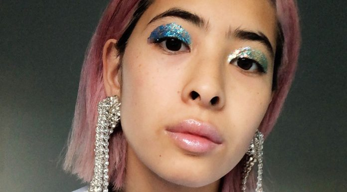 Is This Glitter Makeup As Good As Hollywood Says? We Investigate.