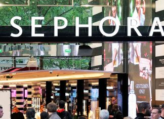 Sephora's Annual Holiday Sale Is On Right Now — & It's Bigger Than Ever