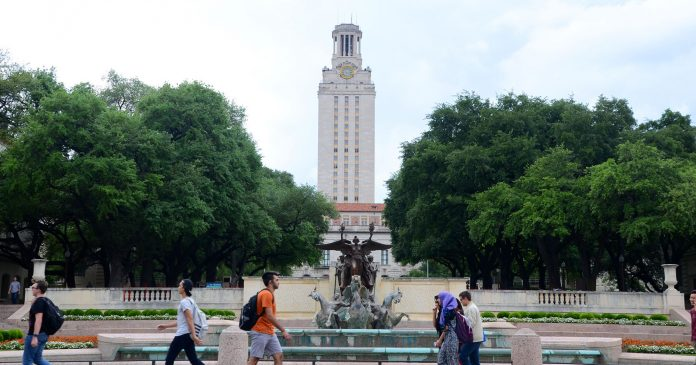 """Woman's Girlfriend Kicked Out Of UT Austin Dorm For Making People """"Uncomfortable"""""""