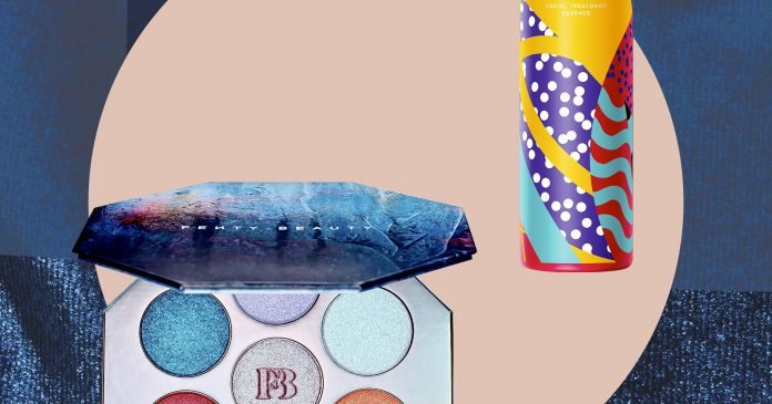 The Holiday Gifts You Won't Want To (& Shouldn't) Give Away — Sorry, Fam
