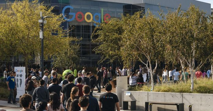 Google's contractors accuse CEO of creating unequal workforce