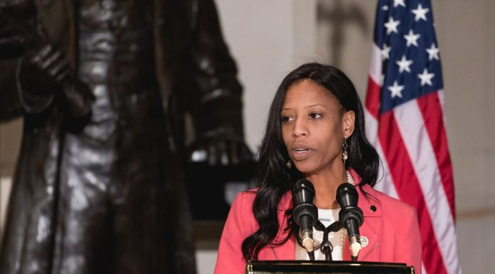 Mia Love wants the GOP to reach out to minority voters. The party is doing the opposite.