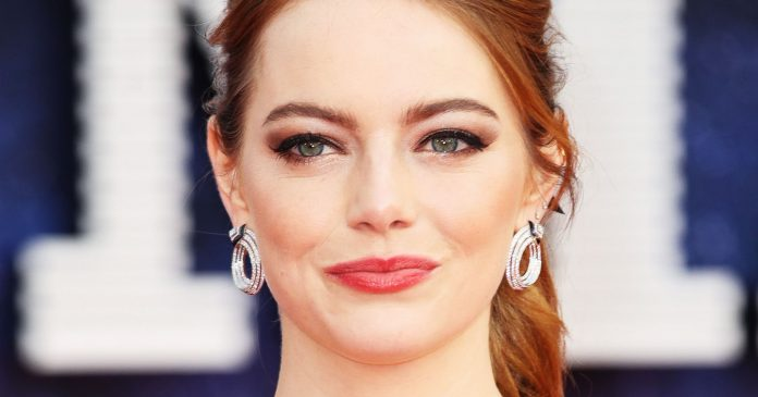 Hair Bows Are Back — & Hollywood Can't Get Enough Of The Trend
