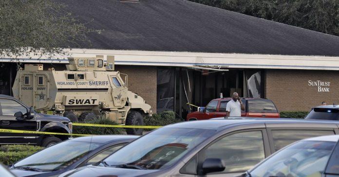 Sebring, Florida, bank shooting: what we know
