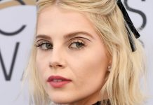 Someone Get Lucy Boynton A Trophy For Her SAG Awards Eyeliner