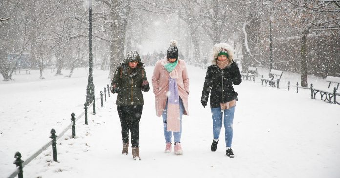 Everything You Need To Know About Frostbite — Because, Yes, It's That Cold