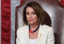 Why Nancy Pelosi's SOTU Body Language Was Actually Genius, According To An Expert