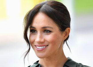 Meghan Markle Does All Her Own Makeup — & We're Impressed