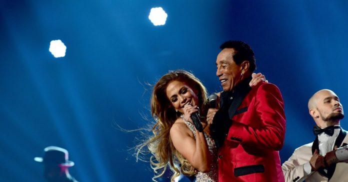 Jennifer Lopez performed the Grammys' Motown tribute. Motown fans were not pleased.
