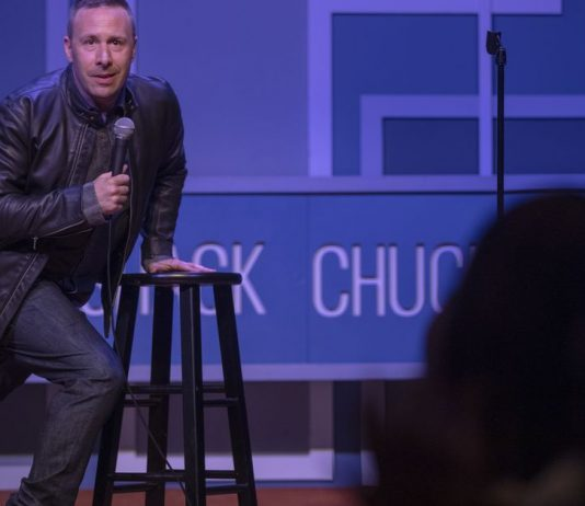 Standup comedy's debate over political correctness, explained by HBO's Crashing