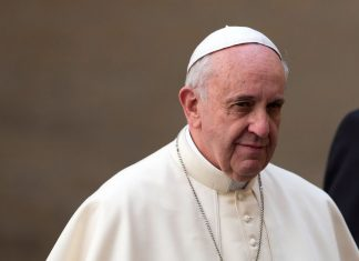Vox Sentences: The pope will listen to survivors