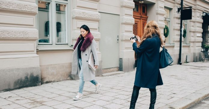 Instagram influencers constantly need new clothing. This startup wants to rent it to them.