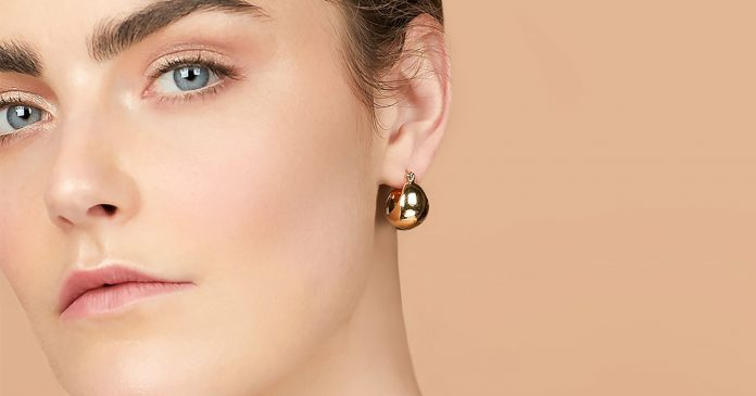 These Luxury-Made Sharply-Priced Gold Hoops Have Sold Out Three Times