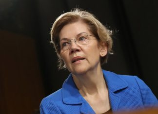 Elizabeth Warren Is A Policy Heavyweight. The Media Is More Interested In Rockstars.