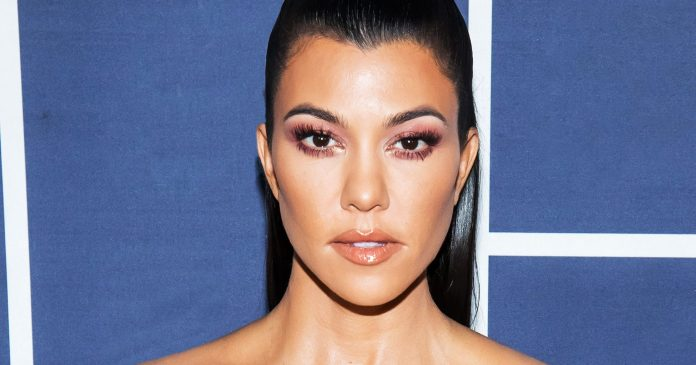 """Kourtney Kardashian Recommends $1500 Worth Of Products To """"Look Good Naked"""""""