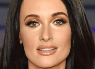 The $39 Volumizing Spray Behind Kacey Musgraves' Country Hair