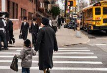 Vox Sentences: Brooklynites' choice: a vaccine or a fine