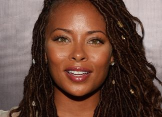 8 Ways To Wear Goddess Locs To Your Next Music Festival