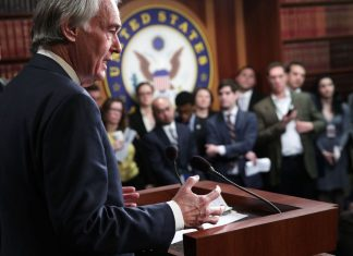 """Senator Ed Markey: """"we are now in the era of the Green New Deal"""""""