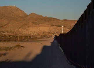 FBI arrests leader of private militia accused of detaining migrants on US border