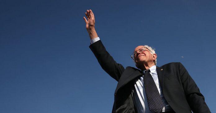 The Democratic establishment should chill out about Bernie Sanders