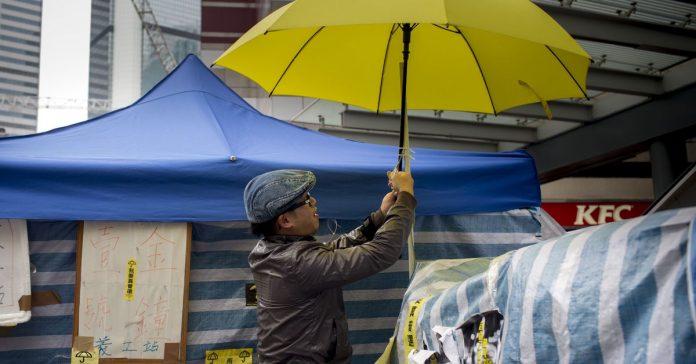 Vox Sentences: The Umbrella Movement in jail