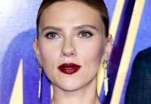 Scarlett Johansson Got Sunlit Highlights — & She Looks Stunning