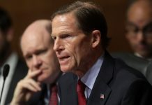 Senators on Facebook's potential $5 billion fine: not good enough