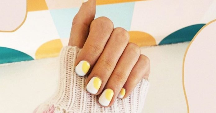 """Egg Nails"" Are Trending For Summer — & They're Surprisingly Chic"