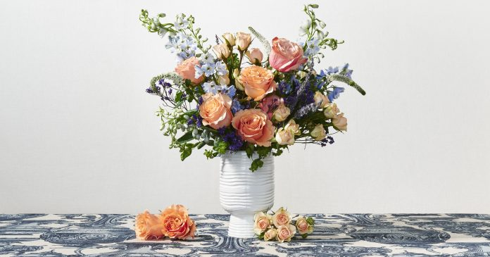 The Best Online Flower Shops For Last-Minute Mother's Day Gifts