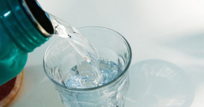 Yes, You Can Replace Regular Water With Seltzer Water