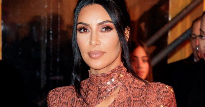 """We Spoke To Kim Kardashian's """"Medical Medium"""" About Her Psoriasis Struggle"""