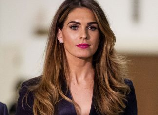 "Hope Hicks Is ""Enjoying The Attention,"" Says Body Language Expert"