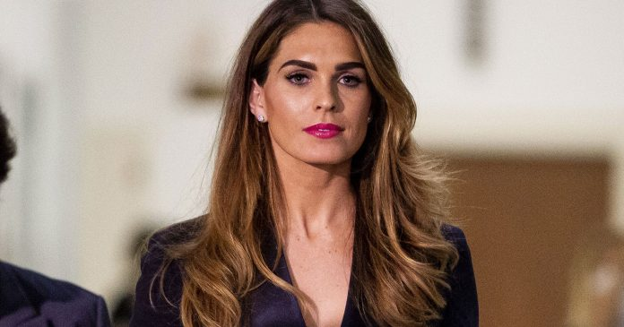"""Hope Hicks Is """"Enjoying The Attention,"""" Says Body Language Expert"""