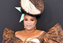 Lizzo's Wood-Grain Nail Art Is About To Be Everywhere This Summer