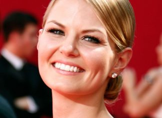 Jennifer Morrison Went Brunette For This Is Us — & You Won't Recognize Her