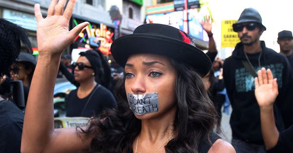 """Vox Sentences: The long silence after """"I can't breathe"""""""