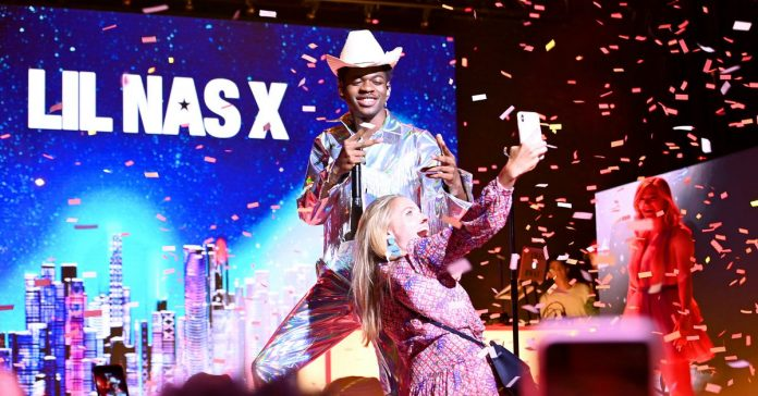 """Old Town Road"" just became Billboard's longest-running No. 1 ever"