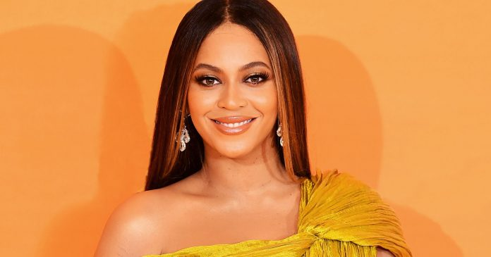 If Anyone Can Bring Back French Tips, It's Beyoncé