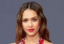 How Jessica Alba Makes At-Home Date Nights Feel Romantic