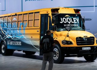The surprisingly great idea in Bernie Sanders's Green New Deal: electric school buses