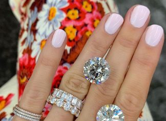 5 Timeless Nail-Polish Shades For The Fall Bride