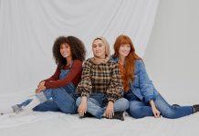 3 Cool Women On The Hyper-Specific Ways They Wear Denim