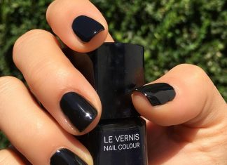 The Best Black Nail Polish Ever Created, According To The Pros