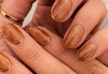The Minimalist Gold-Framed Manicure You're About To See Everywhere