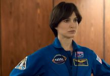 """Lucy in the Sky tries and fails to address astronauts' """"space madness"""""""