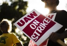 GM and striking workers are losing millions of dollars a day. Here's why the strike isn't over.